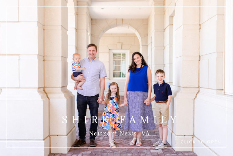 Diana Gordon Photography, newport news, Christopher Newport University, family, blue outfits, photo